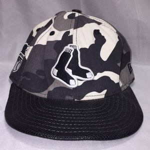Chicago black socks camouflaged baseball cap